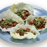6. 牛挽肉炒めレタス包み : Gyu Lettuce Juicy ground Beef Wrapped in Fresh Lettuce  $10.00