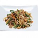 牛肉とニンニクの芽炒め Gyu Ninniku Fried Sweet and Sour Pork Meat Ball served with Vegetables $22.00/$12.00