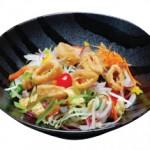 イカのカリカリサラダ Ika KariKari Salad Fresh Mixed Greens Topped with Crispy Calamari Served with Miso Dressing $11.00